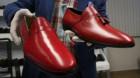 Pantofii roşii ai papei Benedict al XVI-lea vor fi expuşi într-un muzeu din Granada