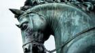 773.000 de euro pentru un cap de cal din bronz