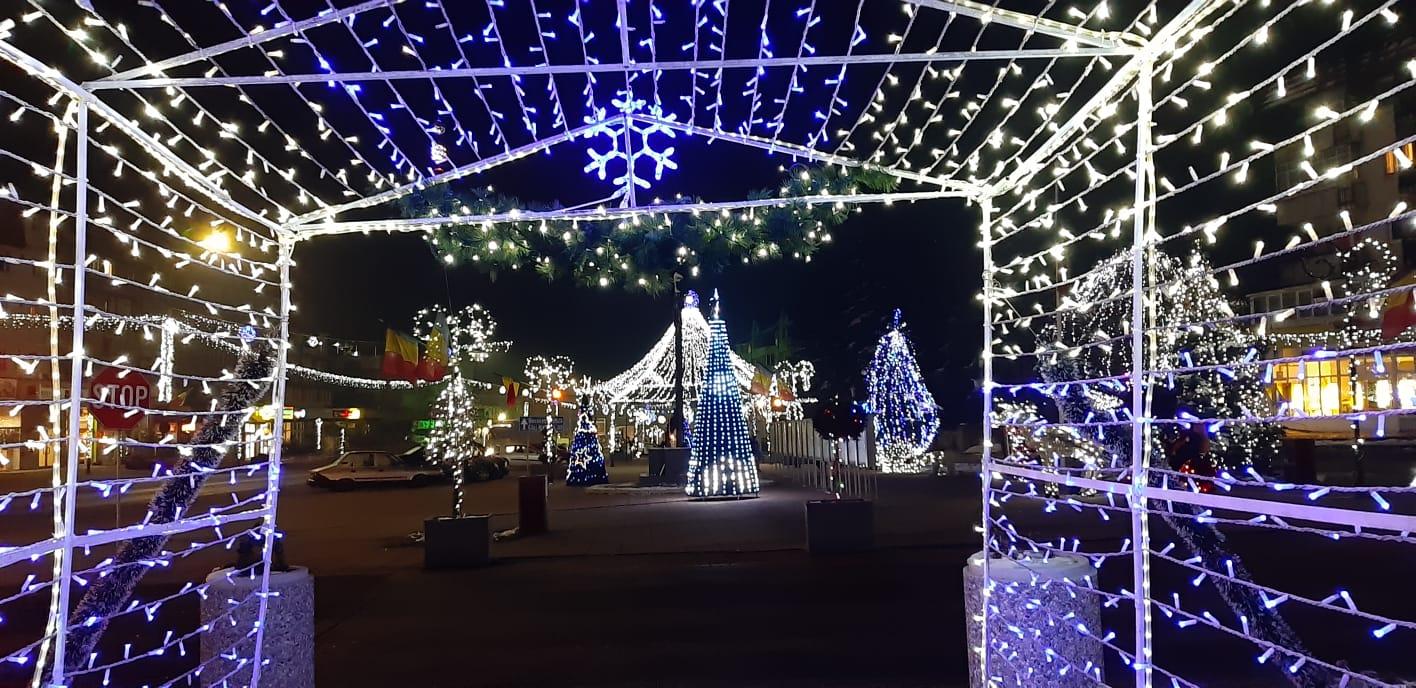 Iluminat festiv Huedin