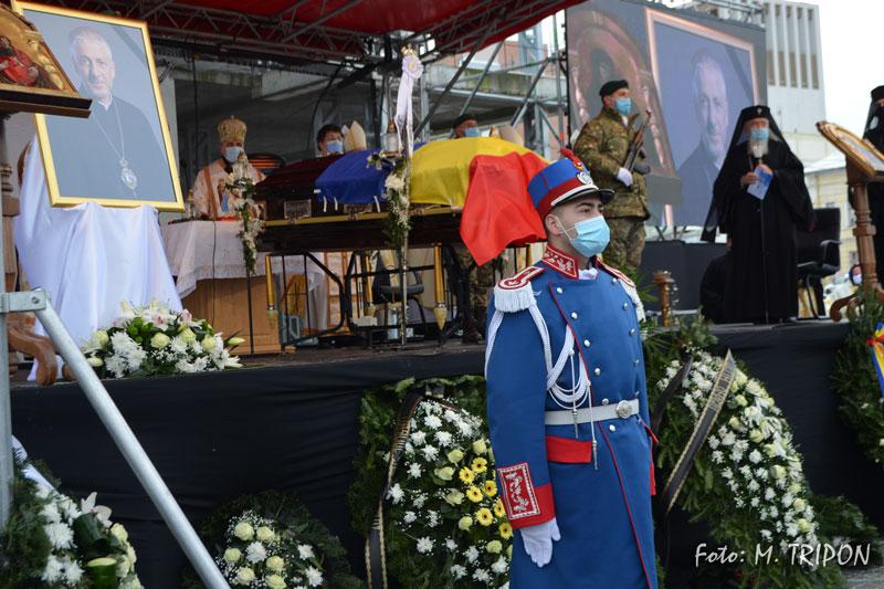 Funeralii-25