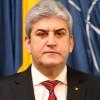 Gabriel Oprea: Armata României raportează de ziua naţiunii că are pregătirea, forţa şi determinarea de a-şi îndeplini cu profesionalism misiunea
