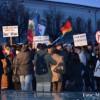 O nouă zi de proteste ale românilor la Bucureşti, în ţară şi în afara graniţelor