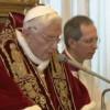 Decizia istorică a lui Benedict al XVI-lea şi efectul acesteia asupra campaniei electorale