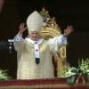 Ce viaţă grea are un papă: Singurătate, ceremonii interminabile, intrigi