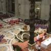 Dreptul Canonic prevede posibilitatea ca Papa să renunţe la pontificat; decizia trebuie să fie luată în deplină libertate