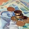 Clujenii preferă să ia credite în valută şi să facă economiii în lei