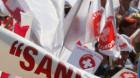 """Sindicaliştii din """"Sanitas"""" pichetează şi Ministerul Sănătăţii şi Ministerul Muncii"""
