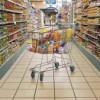 Preţurile alimentelor au scăzut, cele ale produselor nealimentare şi serviciilor s-au majorat