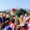 Rezultatele bune obţinute de elevii din Băişoara  în anul de învăţămînt 2014 – 2015, le-a adus un microbuz nou la început de an şcolar