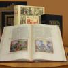 Cartea care poate schimba lumea: Biblii de colecţie la MNIT