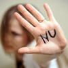 """Cînd o femeie spune """"nu"""", înseamnă că e """"nu"""", avertizează guvernul german migranţii printr-o aplicaţie de mobil"""