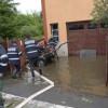 Zeci de subsoluri şi gospodării din judeţul Cluj, afectate de ploi