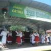 Fiii satului Cătina s-au reîntâlnit în joc şi voie bună