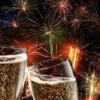 Mii de clujeni au petrecut Revelionul în Piaţa Unirii, unde au fost deschise 700 de şampanii