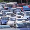 Persoanele care locuiesc lângă drumurile cu trafic intens au un risc mai mare de demenţă
