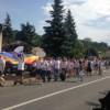 """Marşul comunităţii LGBTQ şi mitingul """"pentru normalitate"""" au încins spiritele la Cluj-Napoca"""