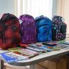 Elevii din familiile defavorizate vor primi ghiozdane şi rechizite din partea municipalităţii