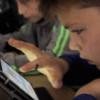 Elevii de la Şcoala Băişoara fac Matematică şi Informatică pe tabletă