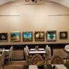 Pictorul Ovidiu Avram expune într-un… restaurant
