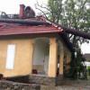 """Lucrări de intervenție la Muzeul """"Octavian Goga"""" din Ciucea, pentru înlăturarea efectelor furtunii"""