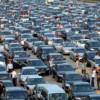 Explozie a achiziţiilor de maşini noi