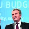 Oettinger, la Bucureşti:Aşteptăm o preşedinţie de succes a României la Consiliul UE