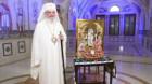 Hristos Cel Înviat se dăruiește în Sfânta Euharistie