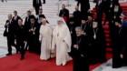 """Suveranul Pontif şi Patriarhul Daniel au salutat mulţimea cu tradiţionalul """"Hristos a înviat!"""""""