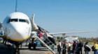Pasagerii nemulţumiţi de companiile aeriene pot depune reclamaţii şi la Protecţia Consumatorului