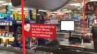 Kaufland instalează geamuri de protecție la casele de marcat