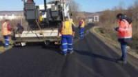 Se asfaltează strada Valea Gârbăului din Florești