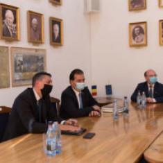 Reprezentanții Guvernului au discutat cu conducerea UBB despre începerea anului universitar