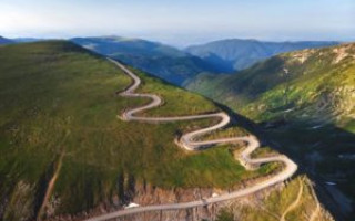 Trafic închis în week-end, pe Transalpina